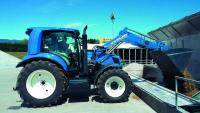 PR:A challenging and successful season for the New Holland prototype T6.180 Methane Power tractor